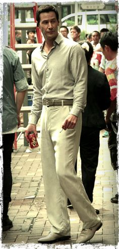 Keanu Reeves(John) tiredstarling: Keanu Reeves filming Man of Tai Chi on the streets of Hong Kong June 2012 Keanu Reeves John Wick, Keanu Charles Reeves, Man Of Tai Chi, Keanu Reaves, Little Buddha, Ideal Man, Hollywood, Good Looking Men, To My Future Husband