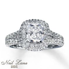 This would be my dream engagement ring if I had it to do all over again......& of course, if I had married an an extremely wealthy lawyer..lol - It's absolutely breath-taking!! <3