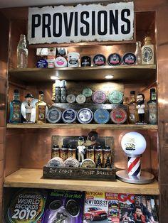 The town barber Old School Barber Shop, Best Barber Shop, Barber Shop Interior, Barber Shop Decor, Beauty Salon Design, Beauty Salon Interior, Guinness, Barber Tips, Tattoo Studio Interior
