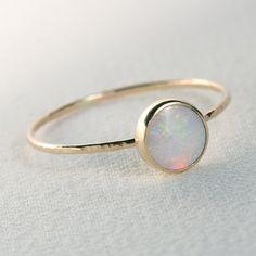 Naturel fougueux AAA opale orbitale Ring - anneau Simple pile magnifique avec une 14 k or et or réglage remplis bande - terre minée blanc opale