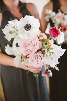 Photography: Tory Williams - weddings.torywilliams.com  Read More: http://www.stylemepretty.com/little-black-book-blog/2014/10/20/cozy-winter-wedding-at-liberty-warehouse/