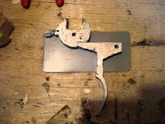 Crossbow mechanism construction Armbrust Mechanik Klappschloss 十字弓 - YouTube