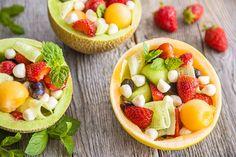 Lasten mansikkasalaatti - Reseptit - Maaseudun Tulevaisuus Fruit Salad, Food, Fruit Salads, Essen, Meals, Yemek, Eten