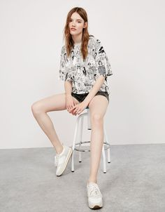 T-shirt - All Over Girls - - Nouveautés - Bershka France d579ec8c1