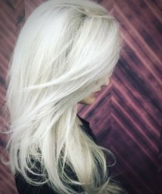 Stunning Types to Elevate Your Platinum Blonde Hair. Platinum blonde hair is widespread as a result of the truth that pure blonde hair could be very Ice Blonde, White Blonde Hair, Bright Blonde, Platinum Blonde Hair, Blonde Color, Brunette Hair, Hair Colour, Hair 2018, Dyed Hair