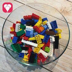 Lego games for your children's birthday - balloonas - Trend Lego Box 2020 Lego Duplo, Lego Ninjago, Lego Birthday Party, Birthday Parties, Lego Friends Party, Lego Boxes, Knight Party, Fun Games, Some Fun