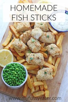 Super easy to make and really healthy too, your kids are sure to love my recipe for these Lemon & Herb Fish Fingers. Fish Recipes For Kids, Best Fish Recipes, Easy Family Meals, Healthy Meals For Kids, Other Recipes, Baby Food Recipes, Kids Meals, Toddler Meals, Fish Sticks
