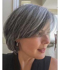 kurze Frisur für Frauen über 50
