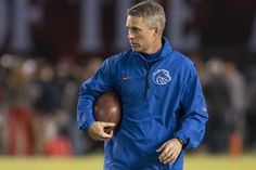 Boise State University thanks Coach Petersen and wishes he and his family the best with the University of Washington.   Looking ahead, there are no limits to the future of our Boise State Broncos.   Read today's full statement at http://boi.st/ChrisPetersen.