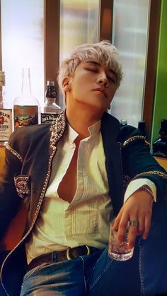 F Yeah, Seungri!, fybig-bang: BIGBANG10 THE EXHIBITION: A TO Z ©...