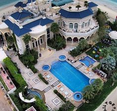 Home sweet home! Stunning architecture and breath taking designs. Pools and gardens that look like you're in a 5 star resort. Which is the subject we shall be discussing today. Take time to see those awesome mansions & houses today.