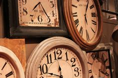 "old clocks.....LOVE clocks!  ""Our times are in His hands."" Psalm 31:15"