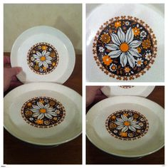 """CROWN LYNN """"VALENCIA"""" PATTERN D375 SIDE PLATES 