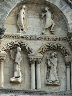 Cathédrale Saint-Pierre d'Angoulême. Aquitaine Art Roman, Romanesque Architecture, Built Environment, 12th Century, Buddha, Greek, Father, Statue, History