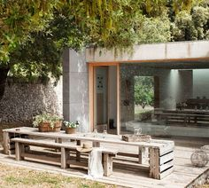 http://www.mauriciofuertes.com/es/proyectos/proyecto/1-2/203/INTERIOR/Houses/Refugi-a-Orient
