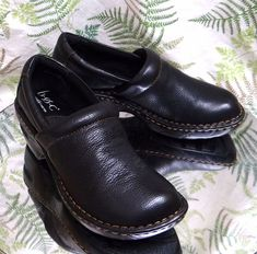 BORN BLACK LEATHER LOAFERS CLOGS SLIP ONS DRESS WORK SHOES HEELS WOMENS SZ 6 M #BORN #Mules #WeartoWork