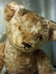 """SOLD by The bear Necessities 185$ ROSALIE - PINK US 'STICK' TEDDY BEAR Beautiful antique, two-toned pink US Stick/Teddy Bear was made in the 1920s by Ideal. Stick Bears are associated with early Americana/Primitive Teddies which makes Rosalie, the glamorous, roaring 20s stunner a very special and rare find. Rosalie is 17"""" from head to foot paw. Her head is stuffed with excelsior and her body is straw stuffed and fully jointed. Her favorite pose is to tilt her head to one si..."""