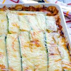 Zucchini Lasagna Recipe with ground turkey meat, sliced zucchini, cottage cheese and made low carb without pasta noodles. Healthy Lasagna Recipes, Healthy Family Meals, Healthy Eating Recipes, Clean Eating Recipes, Low Carb Recipes, Whole Food Recipes, Healthy Snacks, Cooking Recipes, Healthy Cottage Cheese Recipes