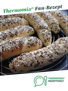 Körner-Stangen / Körner-Stangerl Grain sticks / grain sticks by A Thermomix ® recipe from the Bread & Buns category www.de, the Thermomix ® community. Keto Foods, Keto Snacks, Healthy Dinner Recipes, Keto Recipes, Cake Recipes, Asian Recipes, Cena Keto, Aperitivos Keto, Hairstyle Ideas