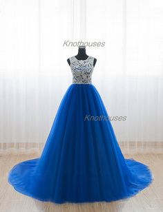 Lace covered Top Lace Tulle long Prom dress/Royal blue Tulle dress  This dress can be custom made, both size and color can be custom made. Custom size and color made will charge for no extra. If you need a custom dress, please send us messages for your detail requirements.  For custom size, w...