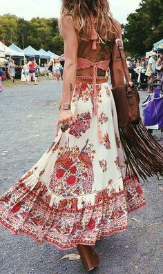 #spellandthegypsycollective #boho #outfits | Coral Top Floral Maxi Skirt