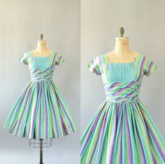 https://www.etsy.com/listing/245039757/vintage-50s-dress-1950s-cotton-dress