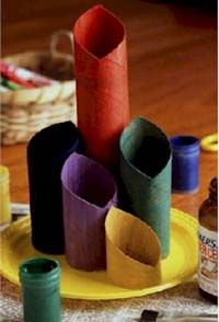 Recycling Crafts for Kids: Art on a Shoestring: Making Art with Recycled Materials for K-12: KinderArt  - This website offers a ton of different lessons and actives that all involve using recycled items. I think doing these types of projects are great in the classroom! This website looks really useful for future teachers