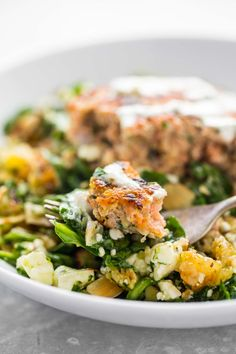 Lemon Herb Salmon Burgers - a healthy recipe that is a MUST for salmon lovers! | pinchofyum.com