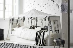Transformer le lit IKEA Kura pour l'adapté à votre déco, votre chambre et votre univers. 15 inspirations de chambre d'enfants pour trouver votre solution.
