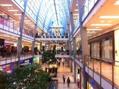 Shopping tour at the Ettlinger Tor Centre Karlsruhe