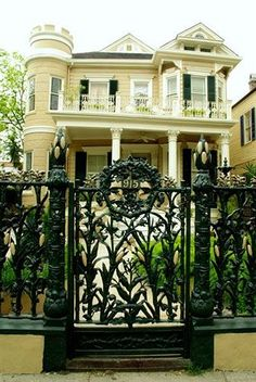 The Cornstalk Hotel - Hotels.com - Hotel rooms with reviews. Discounts and Deals on 85,000 hotels worldwide