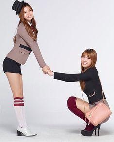 Nayeon, Kpop Girl Groups, Kpop Girls, Sana Cute, Rocky 3, Sana Momo, Twice Jyp, Spider Girl, Twice Sana
