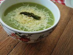 Sopa de talo de aspargos