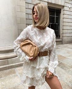 Neutral Style, Summer Vibes, Ruffle Blouse, Hair, Tops, Women, Fashion, Moda, Fashion Styles