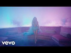 Britney Spears se fait plaisir avec Tinashe dans son nouveau clip.