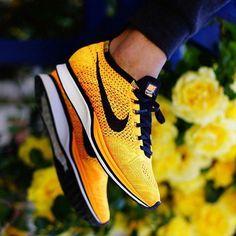 Nike Flyknit Racer Yellow/Black