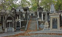 This is Cimetière Du Père Lachaise, the largest cemetery in Paris. With over tombs, this cemetery is a great place to spend a few peaceful hours. Highgate Cemetery, Cemetery Statues, Cemetery Headstones, Old Cemeteries, Cemetery Art, Graveyards, Angel Statues, Most Haunted, Haunted Places