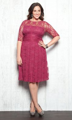 Wedding Guest Dresses Plus Size – We will make a brief tour with the best advice for those who have been invited to a wedding, we will give the keys to a good guest.  Sometimes not enough that the dress feels good. To attend a wedding there are many things to consider when choosing the perfect look, and there are so many theories of what should or should not take this tip of events that maybe if doubts, is to ask a team of experts, we will help you in everything you need.