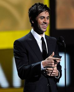 Enrique Iglesias....the best male singer hands down