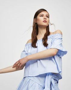 2ef132de0c7ee Ruffled sleeve top with elastic neckline - Blouses   shirts - Clothing -  Woman - PULL BEAR