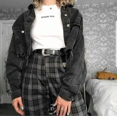 Best Edgy Outfits Part 10 Edgy Outfits, Mode Outfits, Retro Outfits, Cute Casual Outfits, Vintage Outfits, Girl Outfits, Fashion Outfits, Girl Fashion, Soft Grunge Outfits