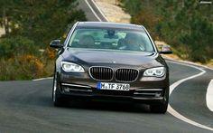 BMW 7 Series. You can download this image in resolution 2560x1600 having visited our website. Вы можете скачать данное изображение в разрешении 2560x1600 c нашего сайта.