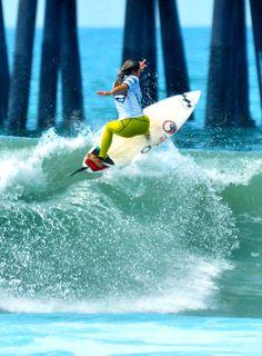Surf girl... Alessa Quizon...