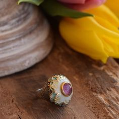 Beautiful fragile butterflies are surrounding the amethyst gemstone ! Sterling silver ring from our butterfly collection!