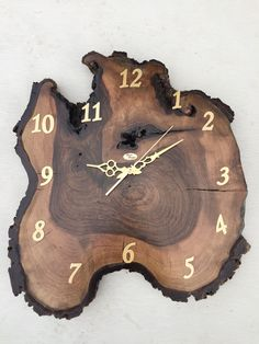 Woodworking Projects For Her .Woodworking Projects For Her Wall Clock Wooden, Wood Clocks, Woodworking Furniture, Woodworking Crafts, Woodworking Organization, Woodworking Classes, Diy Wood Projects, Wood Crafts, Intarsia Woodworking