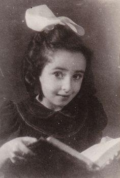 Denise-Flor Arama | Remember Me: Displaced Children of the Holocaust