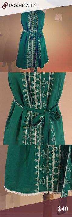 Francesca's green embroidered dress Brand new with tags Francesca's Collections Dresses