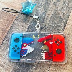 Pokemon - Switch Acrylic Keychain [Pikachu and Eevee] - Let's Go Pikachu Gameboy Pokemon, Pokemon Games, Pokemon Fan, Zelda Master Sword, Keychain Design, Nintendo Switch Games, Tissue Box Covers, Hand Painted Ceramics, Ceramic Painting