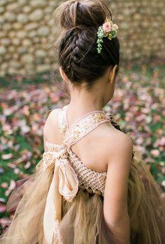 Afbeeldingsresultaat voor bruidskapsels meisjes