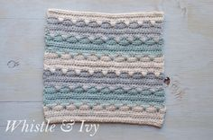 Aztec Stripe Afghan Square - Free pattern for this cute and soft striped afghan square {Pattern by Whistle and Ivy}